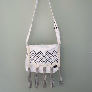 White beachy Billabong bag